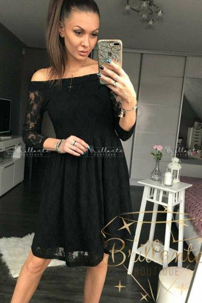 Sukienka Koronkowa Rozkloszowana Czarna