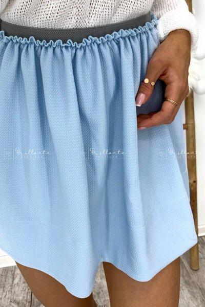 Błękitna spódniczka na gumce
