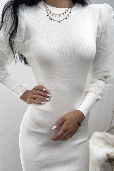 Sukienka dzianinowa z tiulowymi bufkami biała