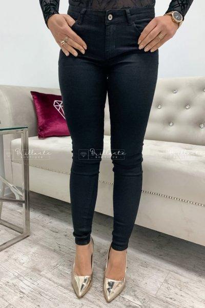 Klasyczne elastyczne jeansy czarne