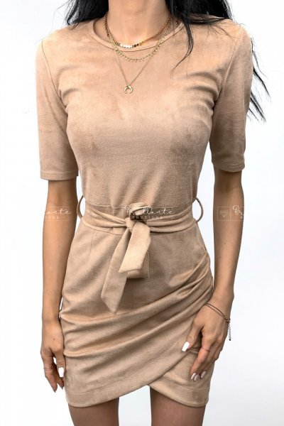 Zamszowa sukienka LaManuel beżowa